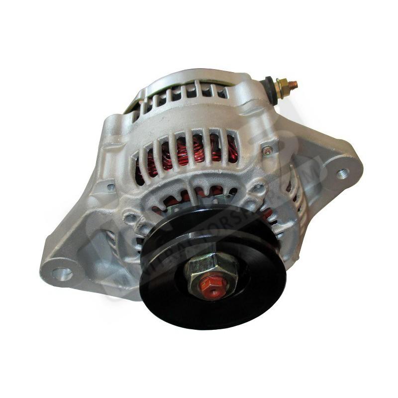 Dynamo with regulator